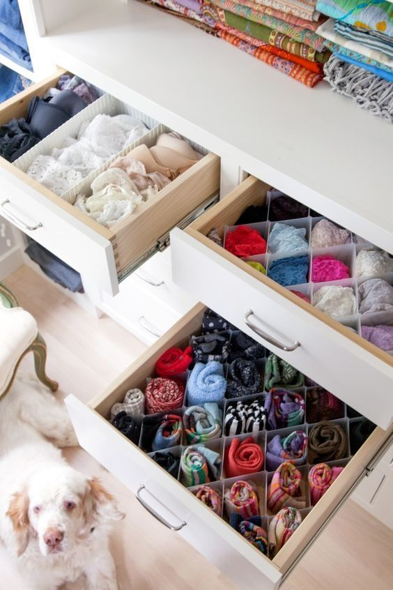 10 Easy Ways to Save Space in Your Dorm Room