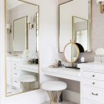 20 Beautiful Bathroom Mirror Ideas To Startle Your Morning Lips Pen (Trendy Pict...