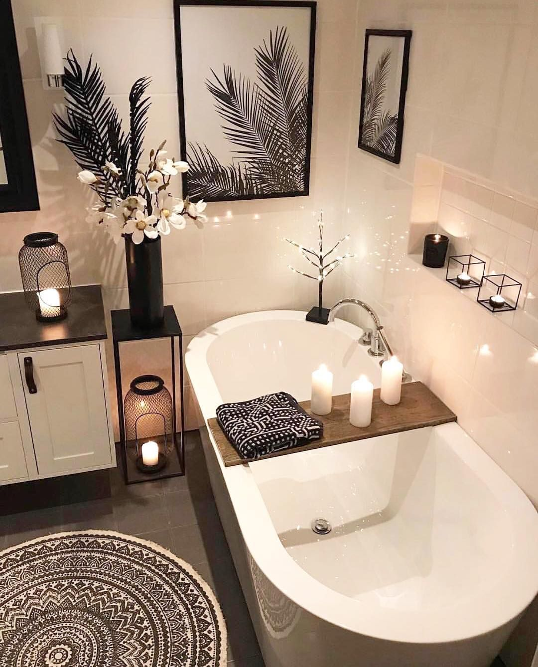 """28th & Harmony Designs on Instagram: """"Who would love to come home to this relaxing tub? 🙋🏾♀️ #bathroomgoals #homedesign #homedecor #prettylittleinteriors"""""""