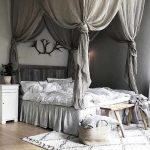 29 best canopy bed examples to introduce into your bedroom 29 | lingoistica.com