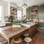 46 Inspiring Rustic Country Kitchen Ideas To Renew Your Ordinary Kitchen - Trendehouse