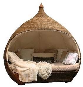 6 Unique Bed 'Cocoons'