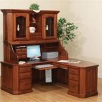 Amish Fifth Avenue Executive Corner Roll Top Desk with Hutch