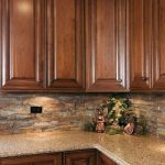 Best rustic farmhouse kitchen cabinet makeover ideas (48) - HomeSpecially