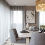 Brilliant 40 Beautiful Modern Curtain Design To Make Scenery Your Living Room us... - Living Room
