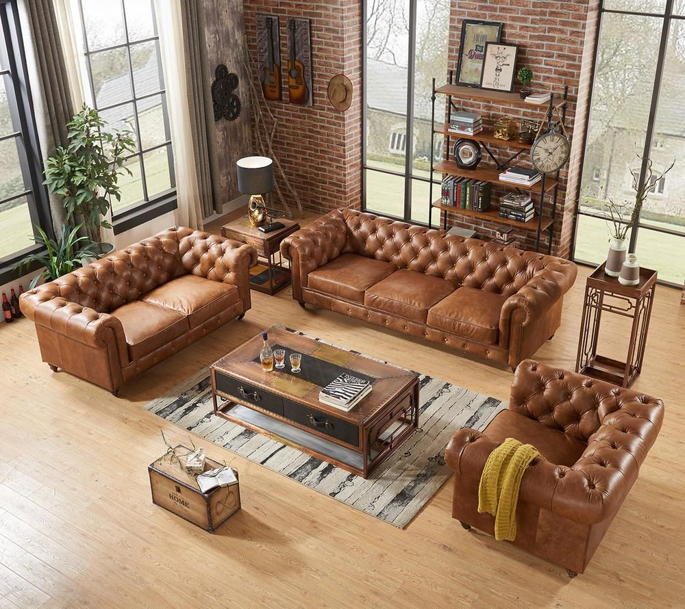 Century Chesterfield Sofa – Light Brown Leather