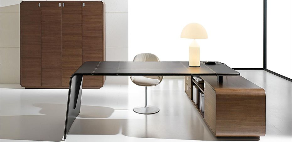 Leather executive corporate office furniture Sestante, Chachamis design