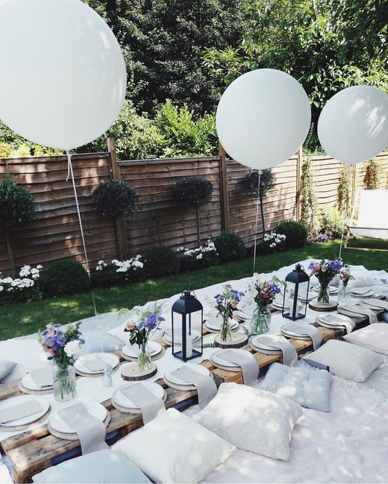 Long table for outdoor party | 8 must-haves for outdoor entertainment in th