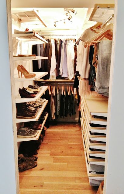 Okay, this is a closet in the real world, and I like it. Elfa closet from Contai…