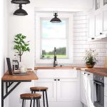 Over 50 elegant design ideas with a small kitchen table- Über 50 elegante Desig...