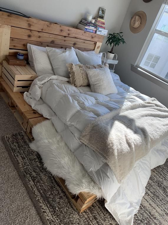 Pallet Bed – Queen Size – Includes Headboard and Platform
