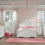 Standard Furniture Jessica Youth Panel Bedroom Set in White Paint
